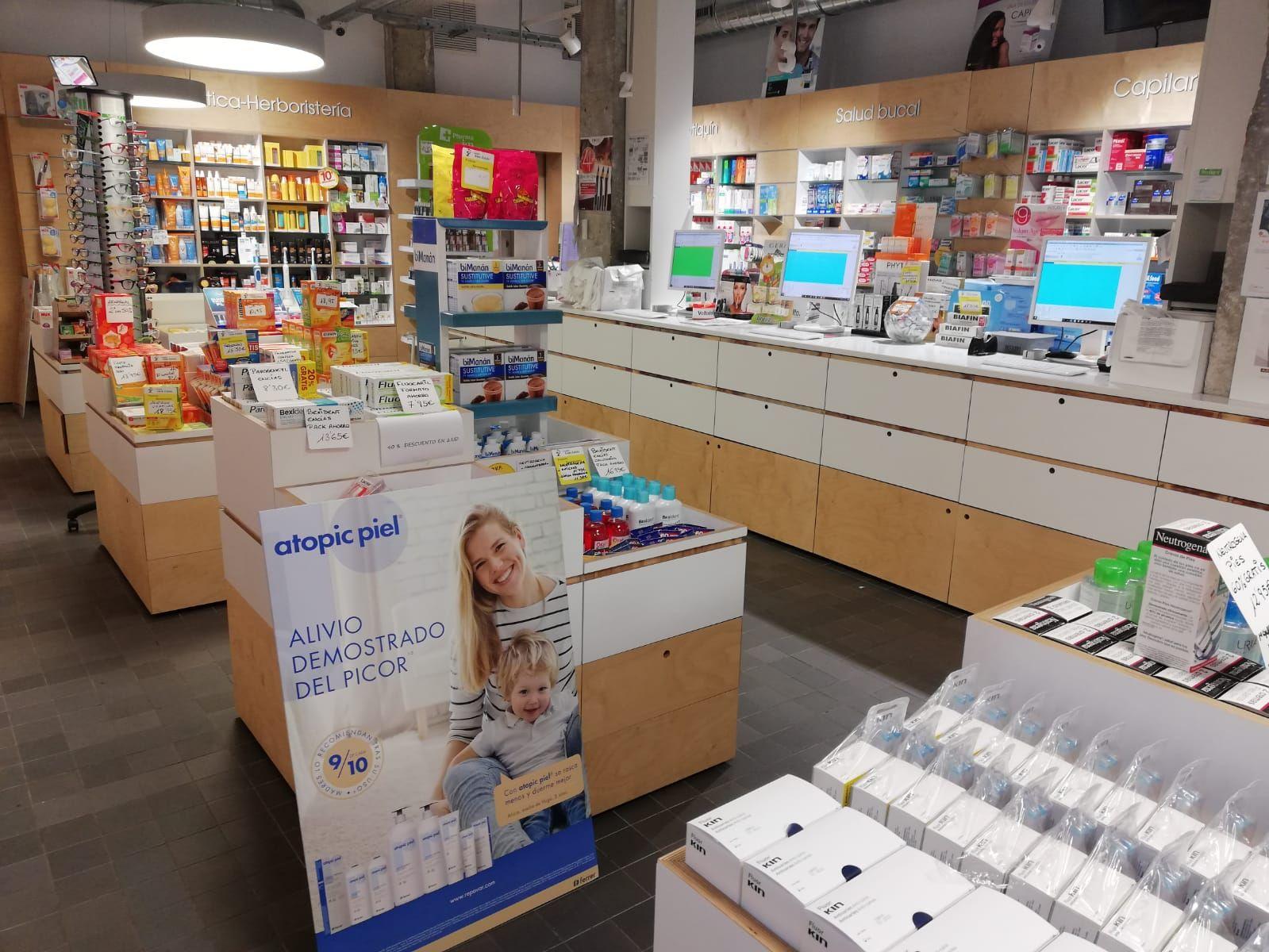Farmacia con productos cosméticos en Barakaldo