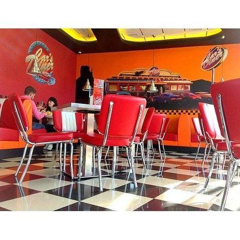 Club Hot Dog: ¿Qué como? de Car's Diner Cafetería Americana