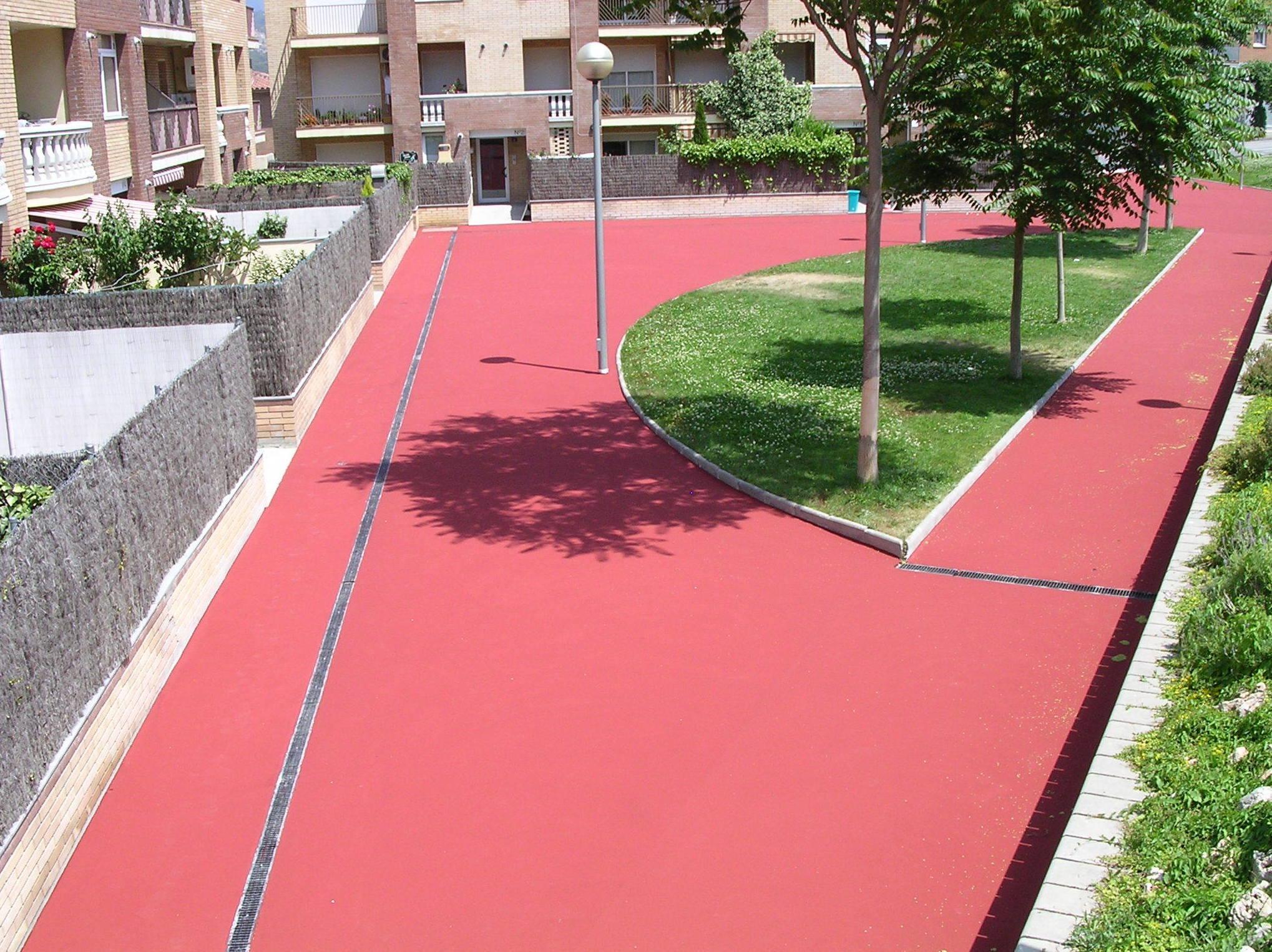 Foto 39 de Pavimentos industriales en Sant Boi de Llobregat | Paviasfalt