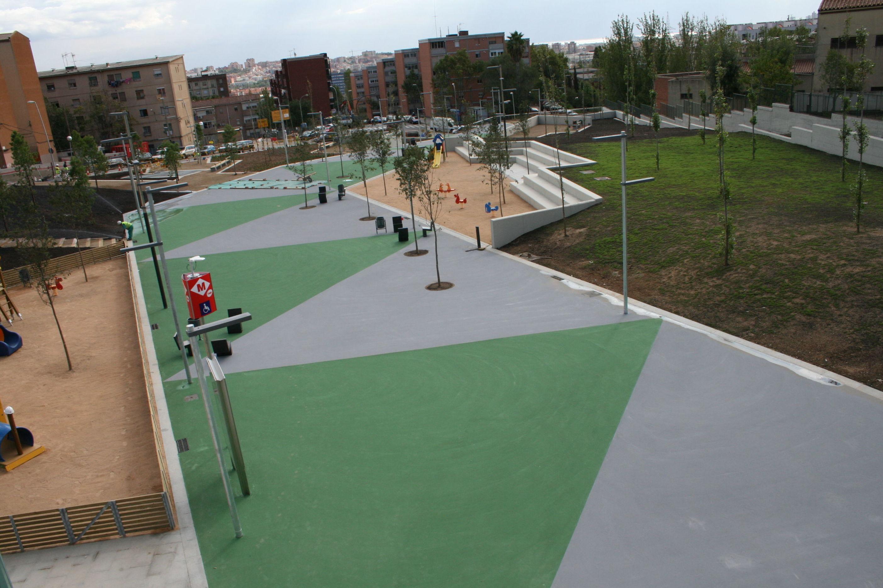 Foto 29 de Pavimentos industriales en Sant Boi de Llobregat | Paviasfalt
