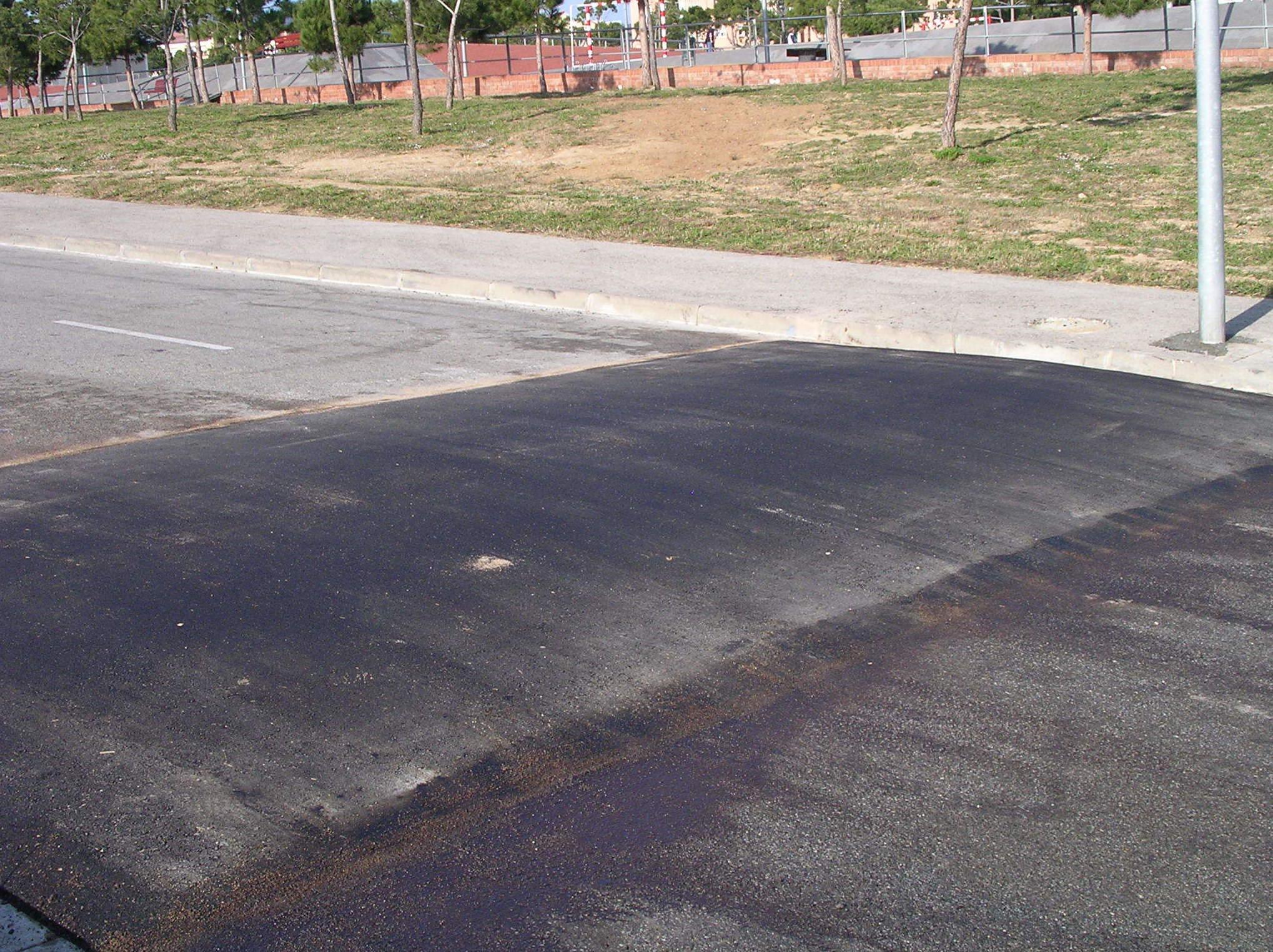 Foto 43 de Pavimentos industriales en Sant Boi de Llobregat | Paviasfalt