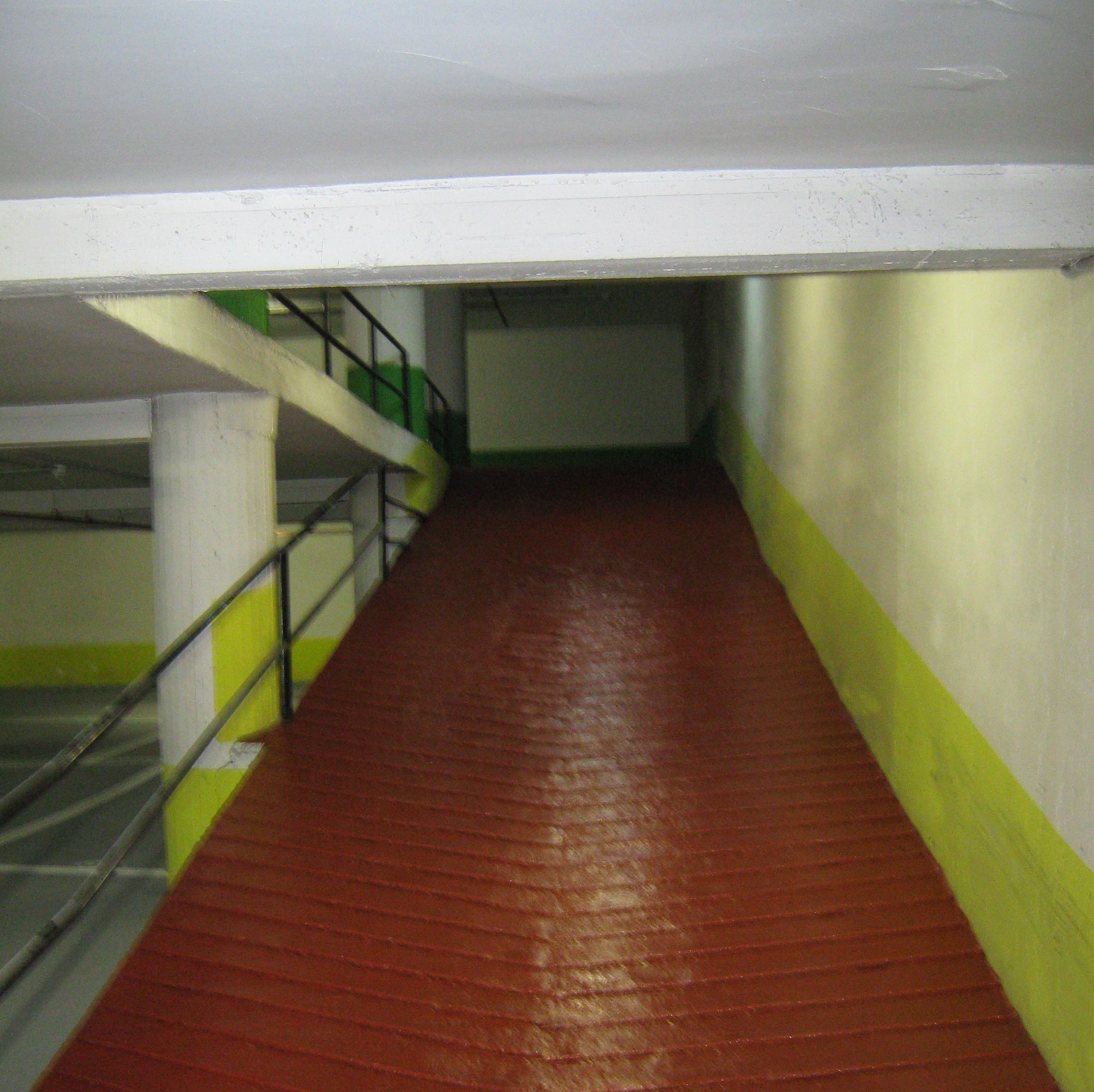 Foto 41 de Pavimentos industriales en Sant Boi de Llobregat | Paviasfalt