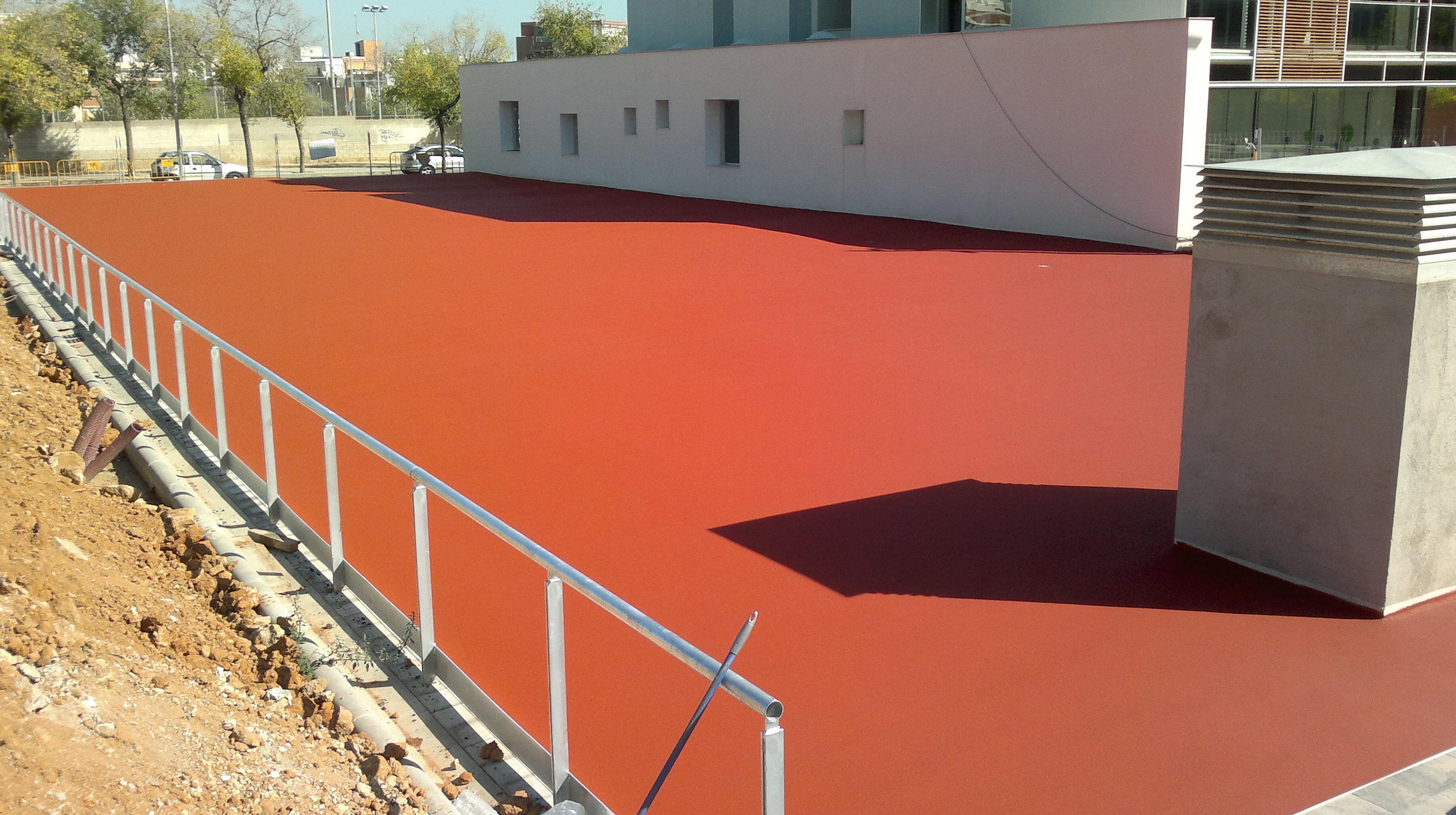 Foto 124 de Pavimentos industriales en Sant Boi de Llobregat | Paviasfalt