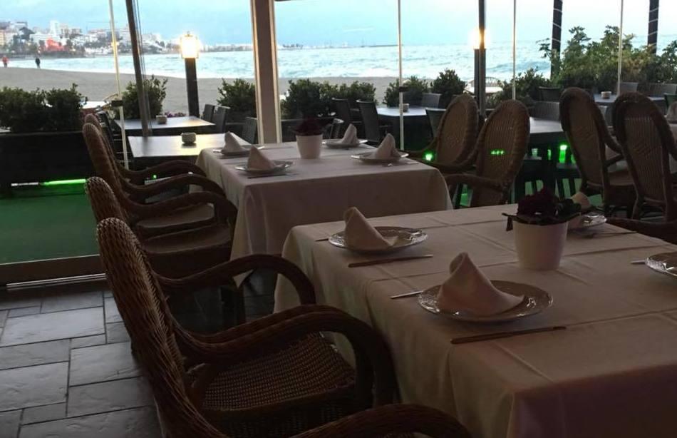 Foto 25 de Cocina mediterránea en Benalmádena | Restaurante Los Remos Lázaro