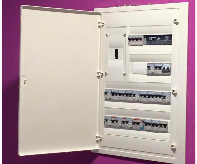 Mantenimiento de instalaciones eléctricas en viviendas