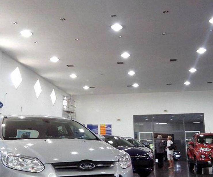 Instalación eléctrica en concesionario Ford Movilsa