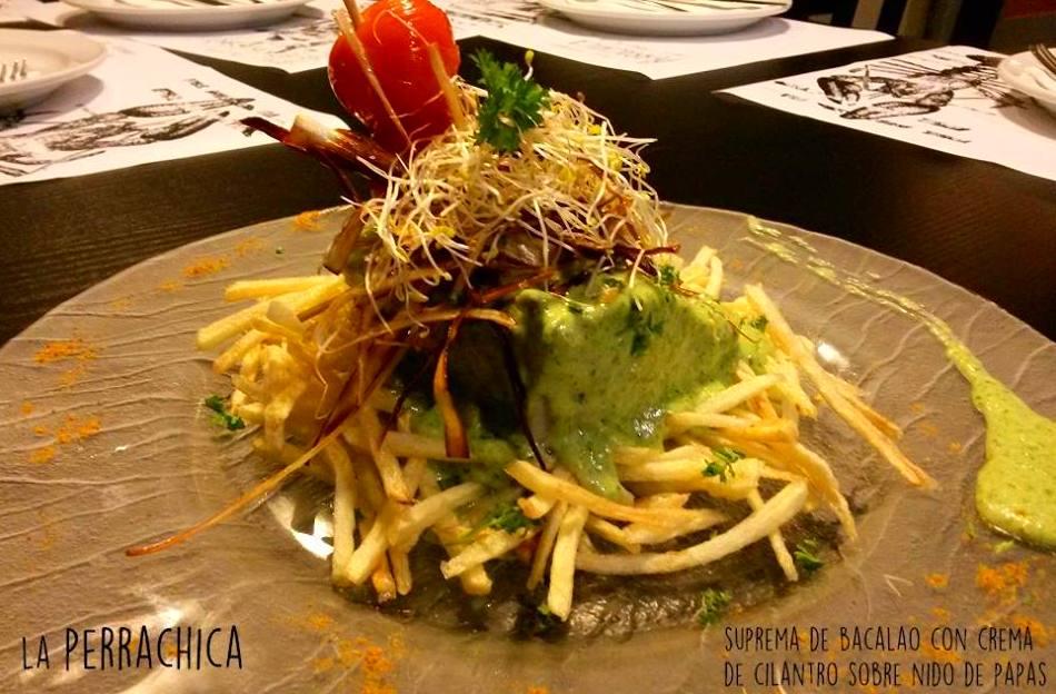 Suprema de bacalao con crema de cilantro