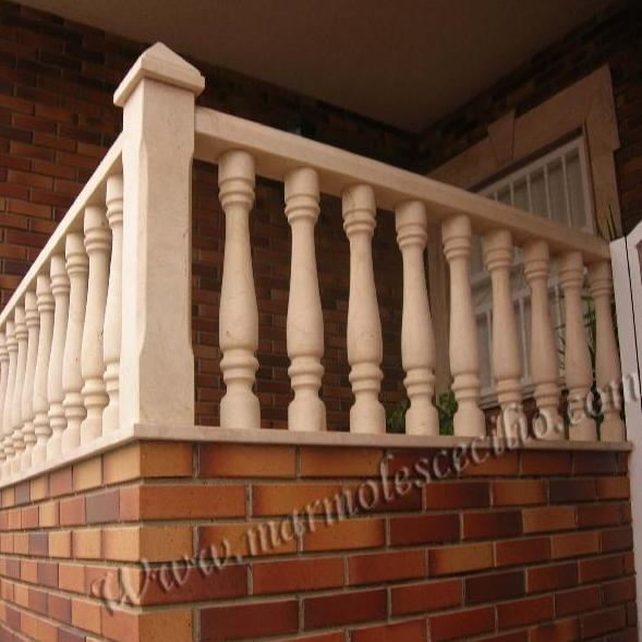 Barandillas para balcones en mármol