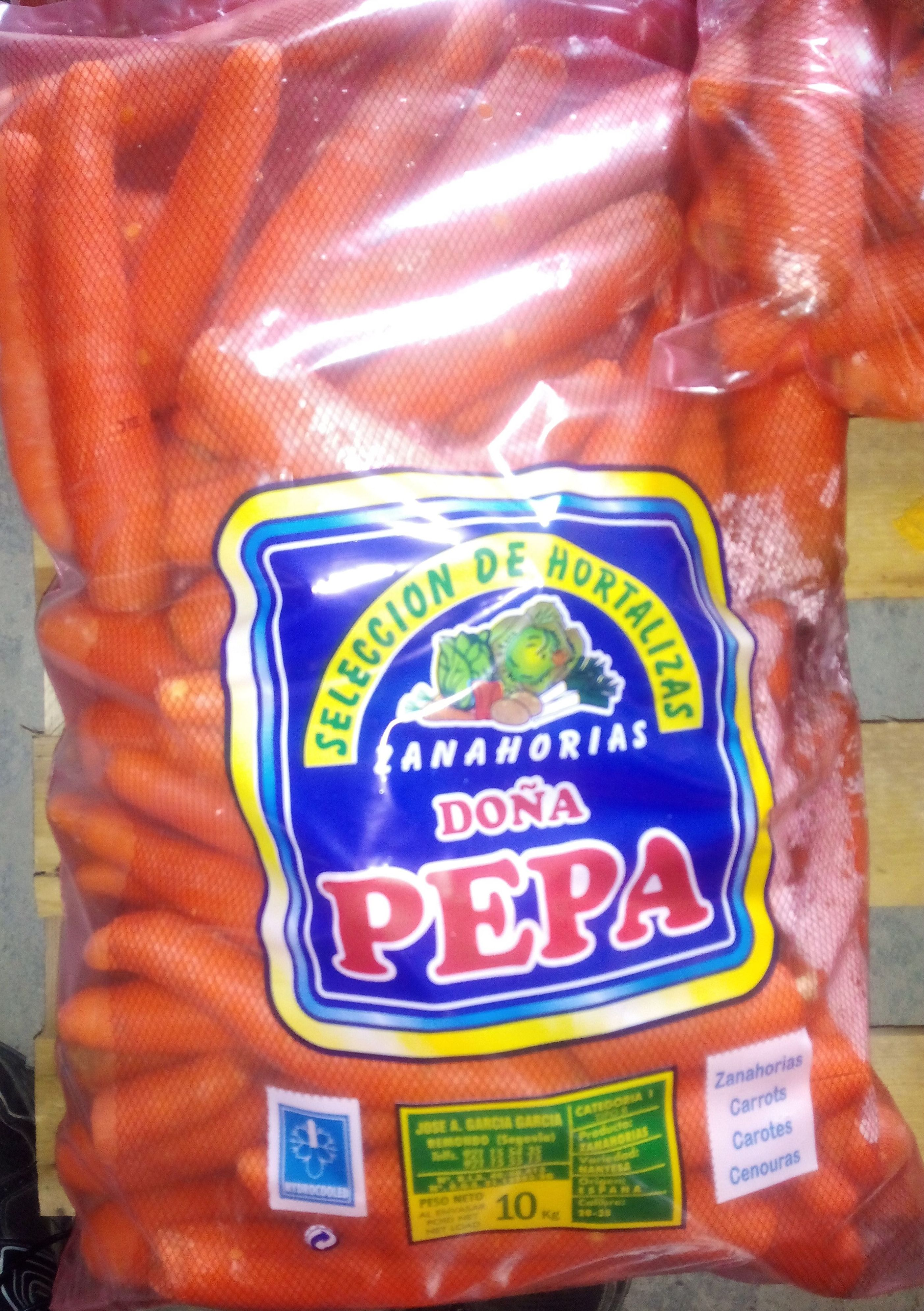 Zanahoria envasada en bolsa de 10kg