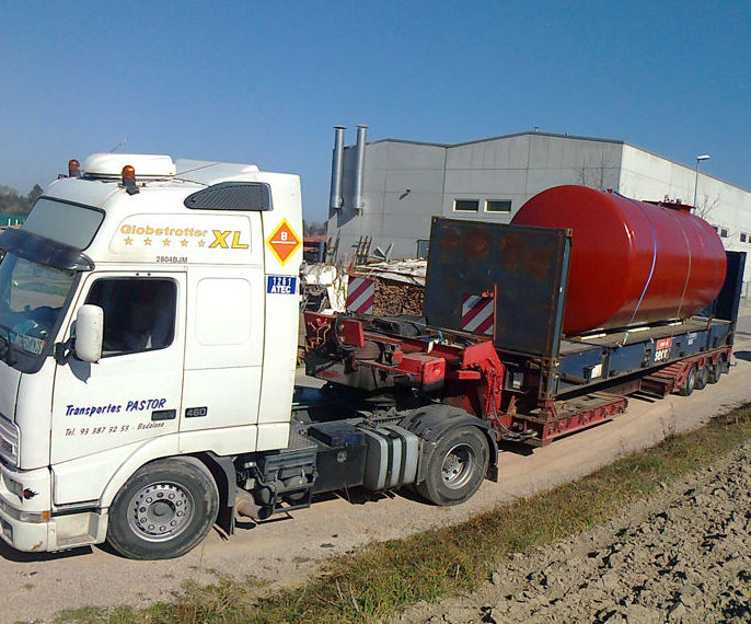 Tractoras de 4x2 : Servicios  de Transportes Pastor