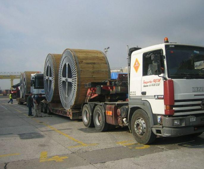 Plataformas con suelo de madera : Servicios  de Transportes Pastor