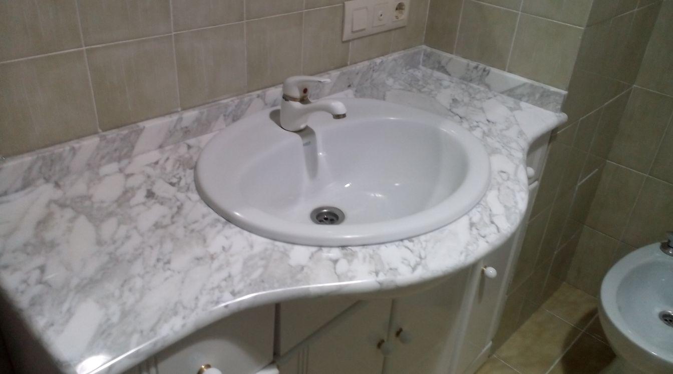 Lavabos de mármol en Rafelbunyol