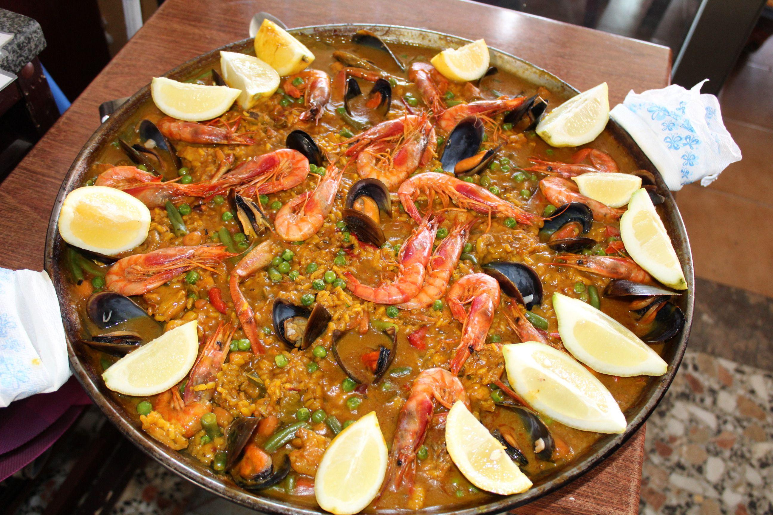 Paella mixta en Ibiza