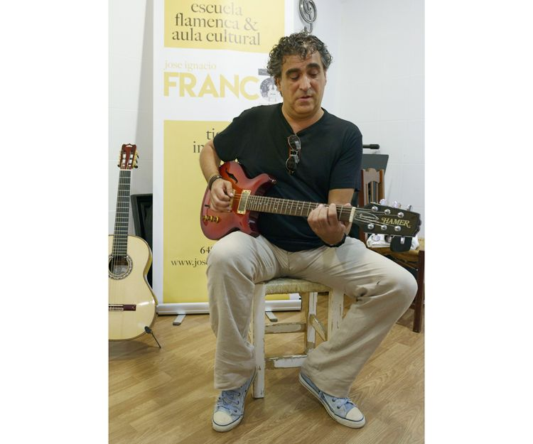 Clases de guitarra eléctrica en Jerez de la Frontera