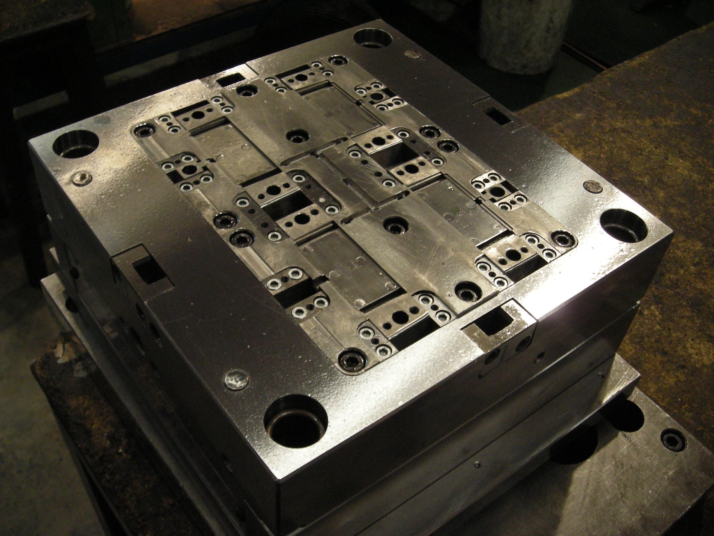 Foto 23 de Diseño y fabricación de moldes en Molins de Rei | Moldes Visamol, S.L.