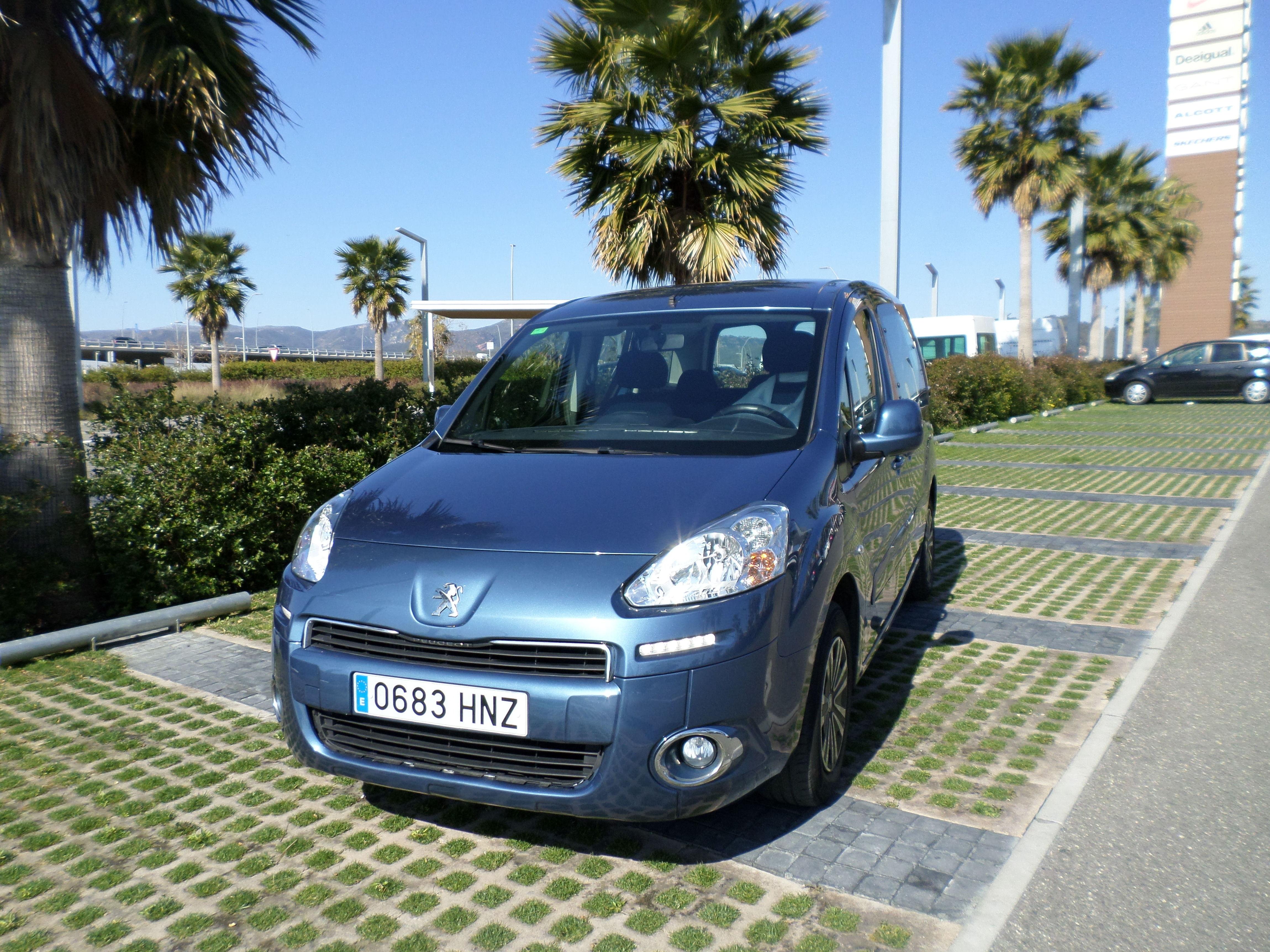 Peugeot Partner Tepee Outdoor 1.6 hdi 2013: Servicios de reparación  de Automóviles y Talleres Dorado