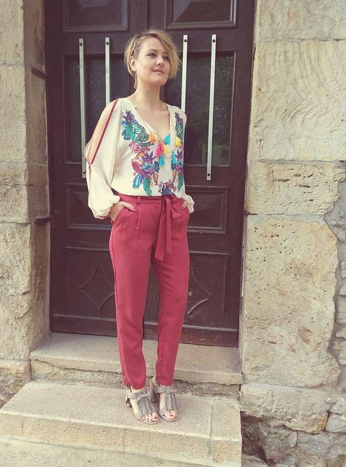 Foto 2 de Tiendas ropa de mujer y de hombre en Solares | TJ Moda y Calzado