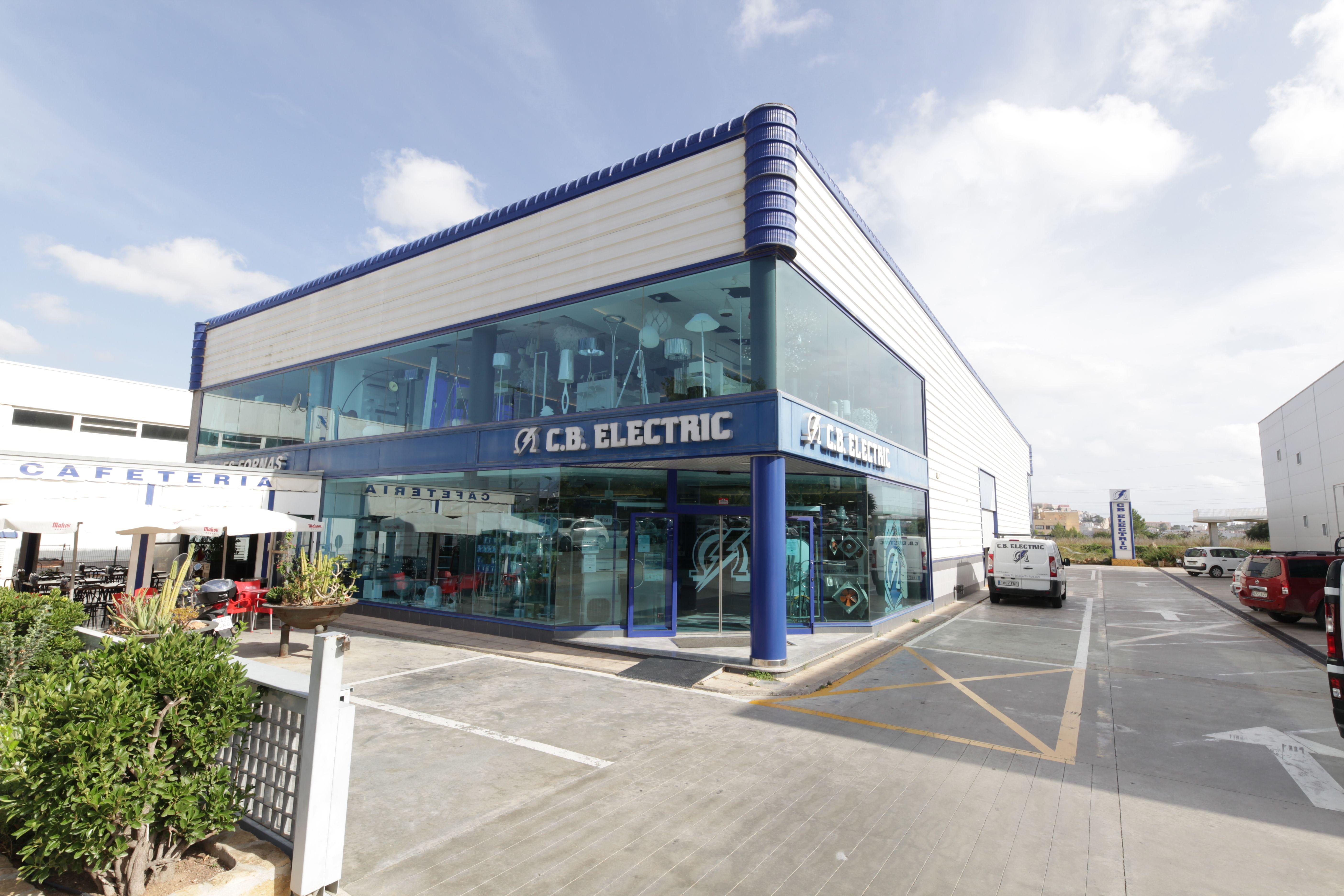C. B. Electric, un amplio establecimiento