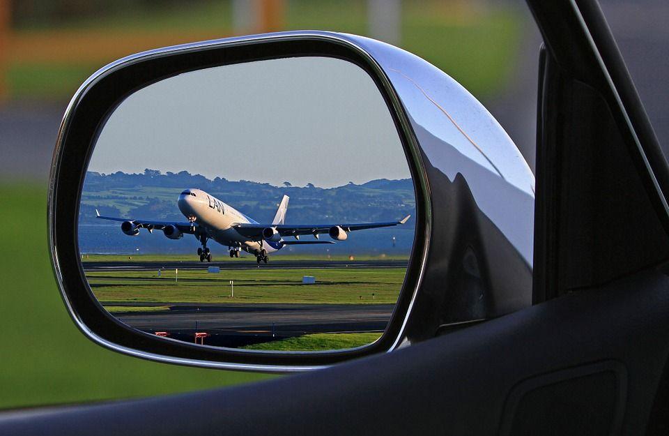 Traslado al aeropuerto: Servicios de Parking Bacar