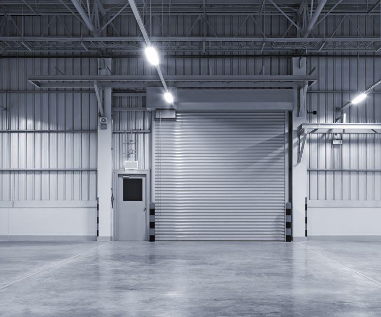 Puertas industriales en Moraleja de Enmedio