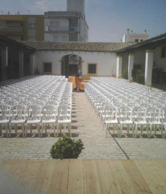 Foto 14 de Alquiler de sillas, mesas y menaje en Jerez de la Frontera | Alquileres Soto-Arriaza, S.L.