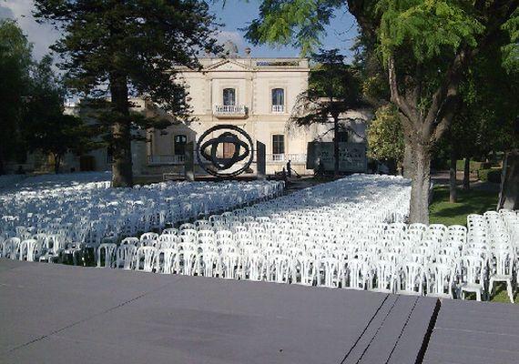 Foto 13 de Alquiler de sillas, mesas y menaje en Jerez de la Frontera | Alquileres Soto-Arriaza, S.L.