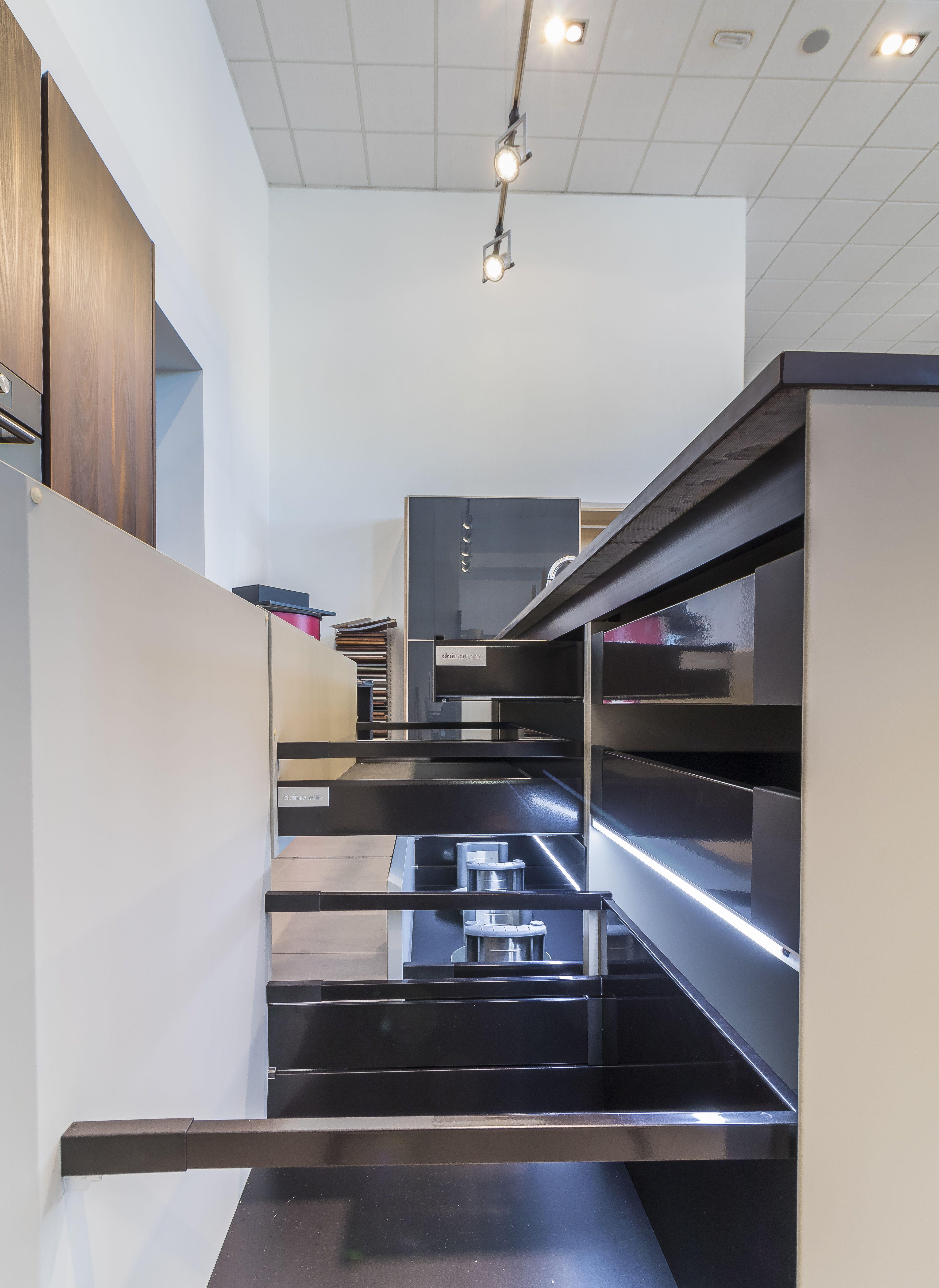 Tienda de mobiliario para cocinas y baños en Murcia