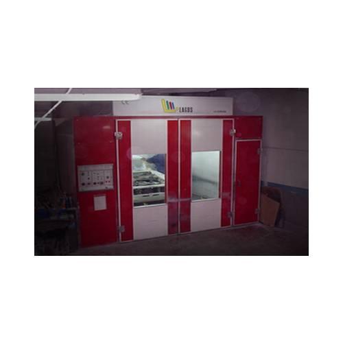 Instalaciones: Servicios  de Carrocerías F. Mora