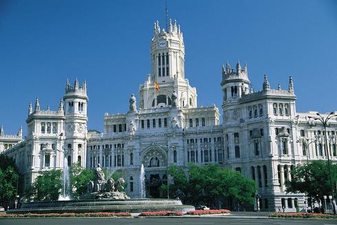 Plaza de Cibeles and Palacio de Correos (Central Post Office)
