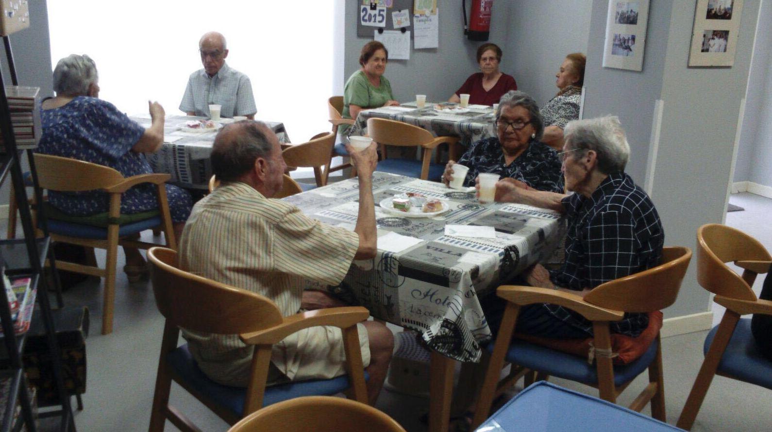 Foto 35 de Centros de día en Madrid | Centro de Día para Mayores Doctor Espina