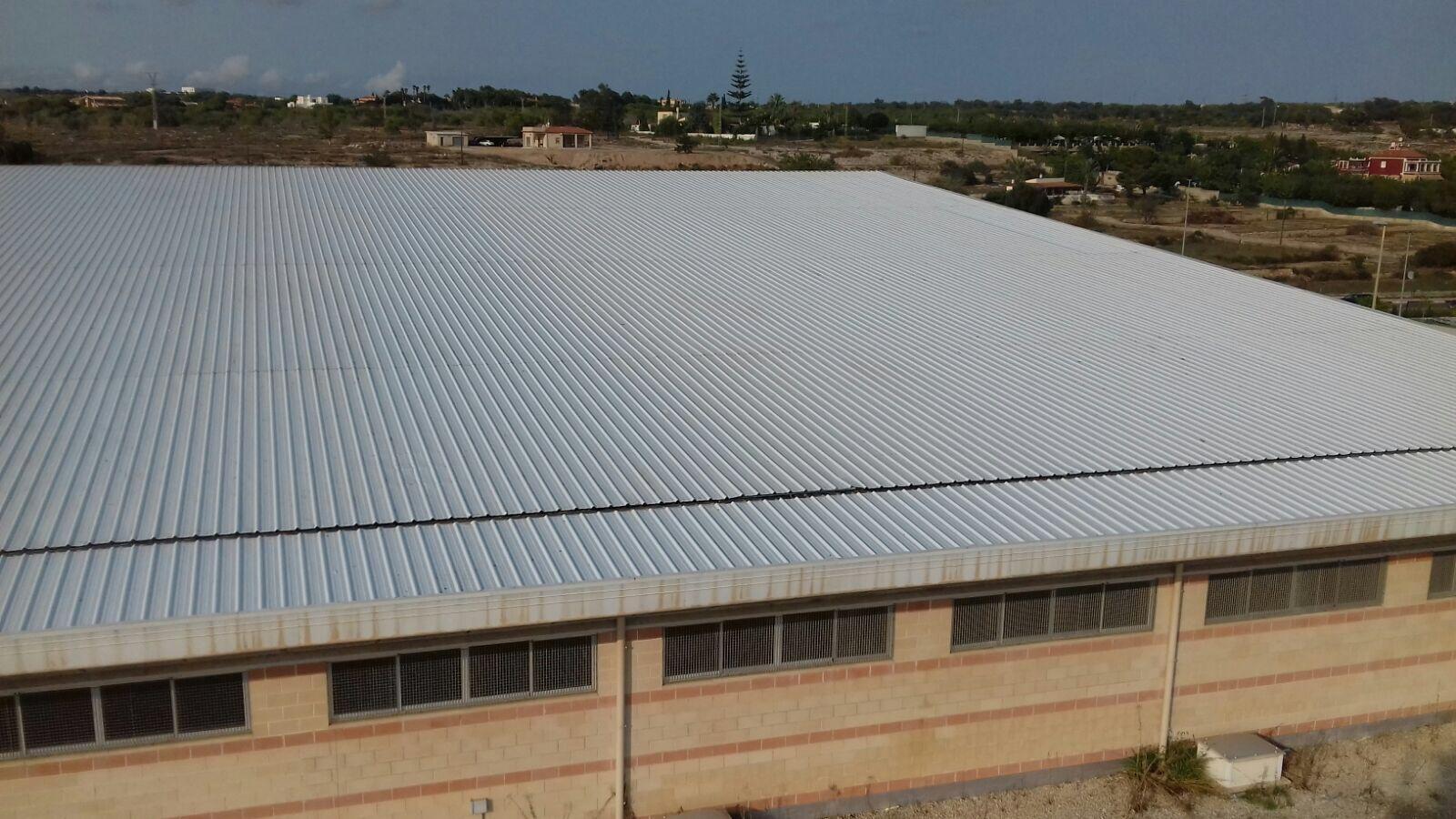 Diseño y fabricación de cubiertas metálicas en Alicante