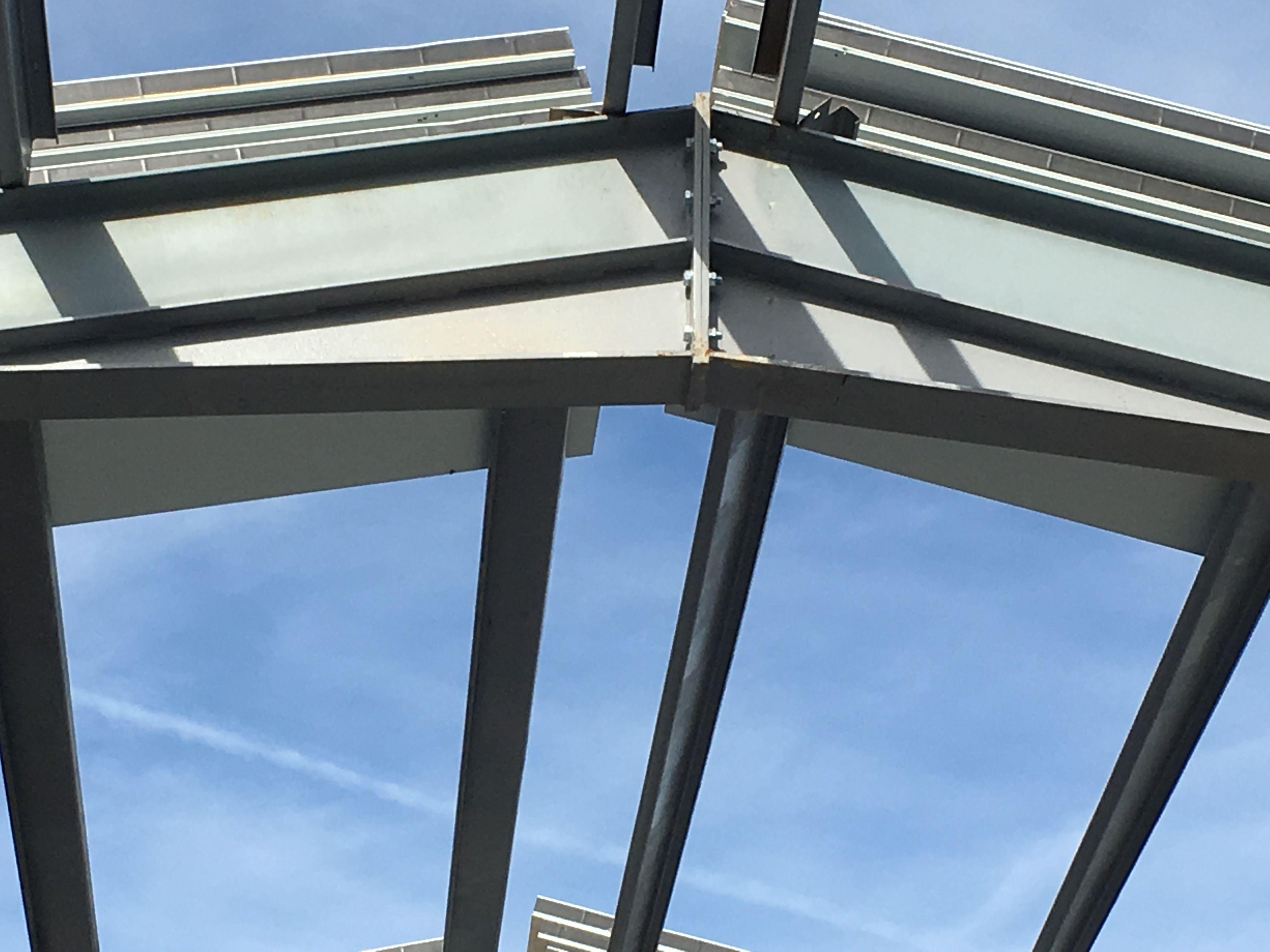 Expertos en la construcción de estructuras metálicas en Alicante
