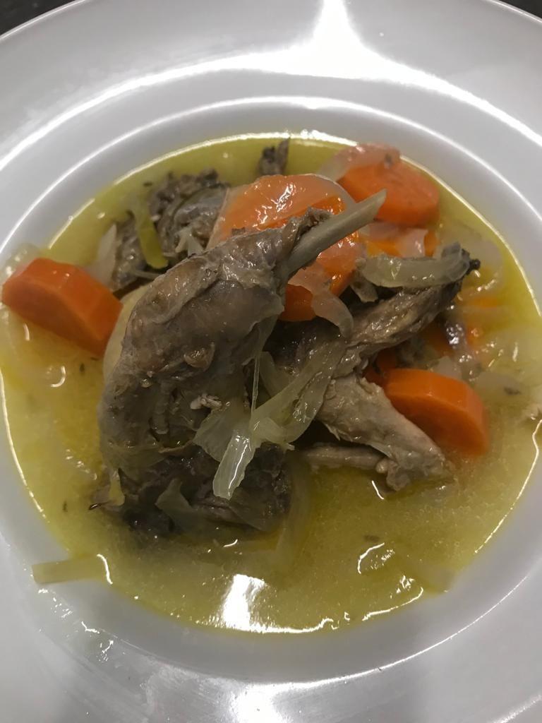 Perdiz en escabeche de ajo negro y verduritas. Jornadas Gastronómicas de la caza 2020. Restaurante Angelillo.