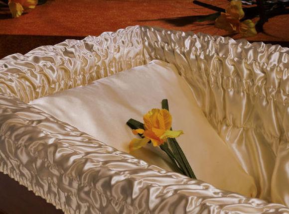 Foto 12 de Distribuidores de productos funerarios en Torrente | TU NUEVA TIENDA: www.articulosfunerarios.net