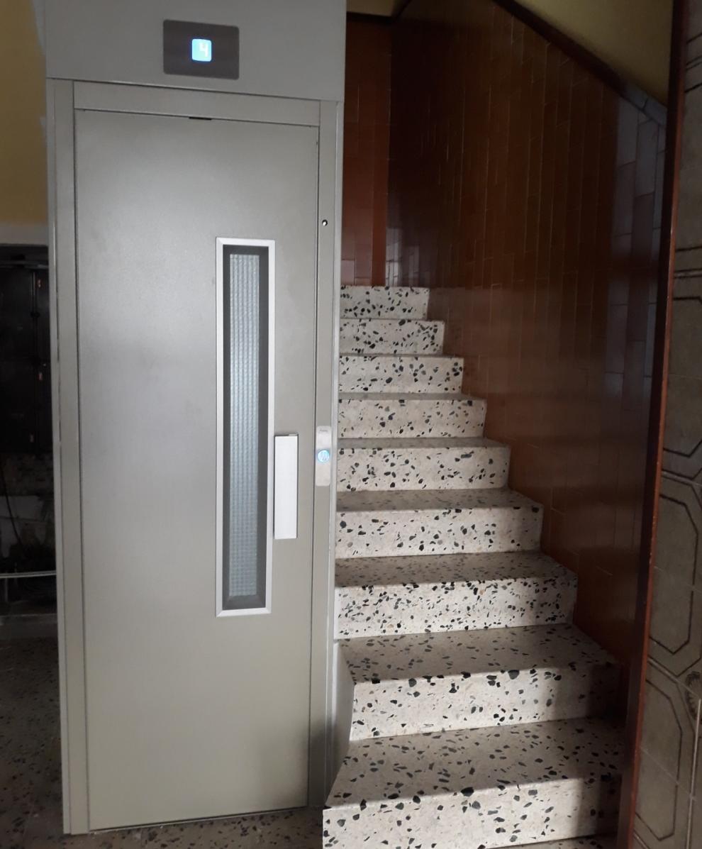 Instalación de ascensores en comunidades en Tarragona y Barcelona