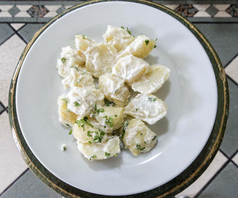 Patatas con ajo en Novelda