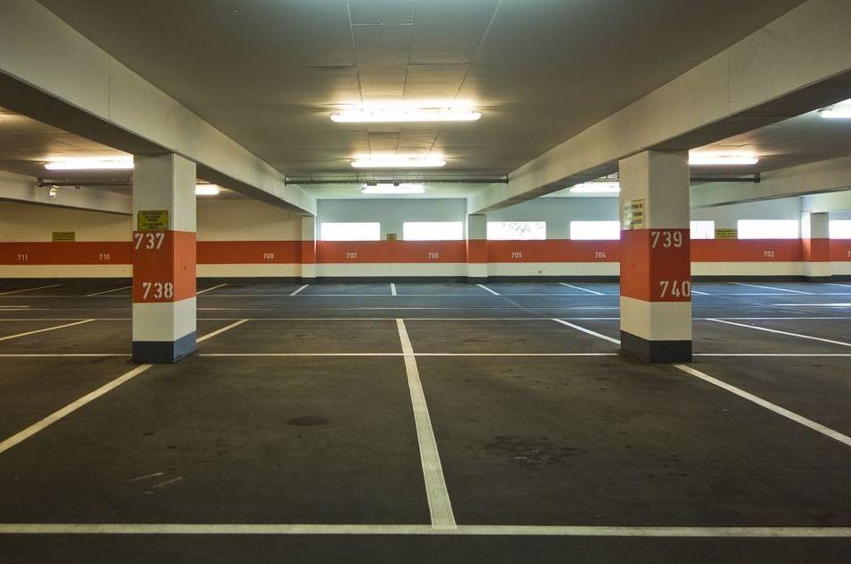 Pintura de garajes y parkings: Nuestros servicios de Pintors Sanvicens
