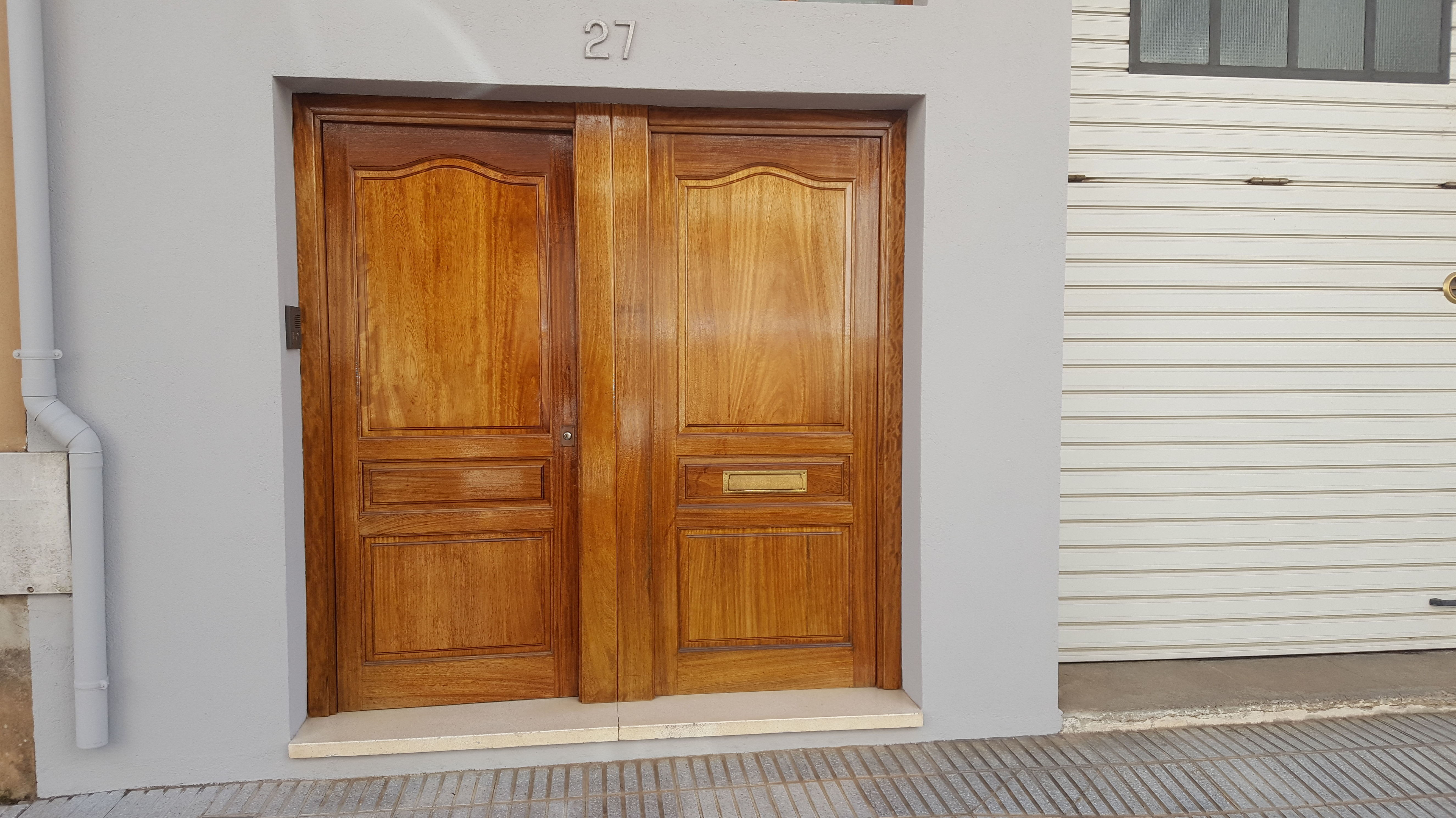 Vernis portes