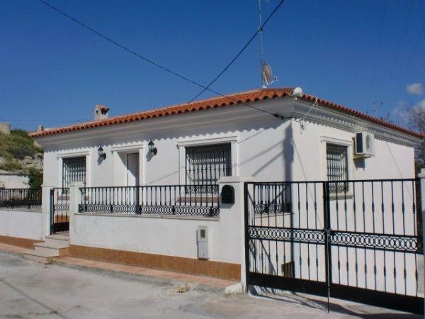 Chalet en Castillejar: Inmuebles de PP Luis Gestión Inmobiliaria