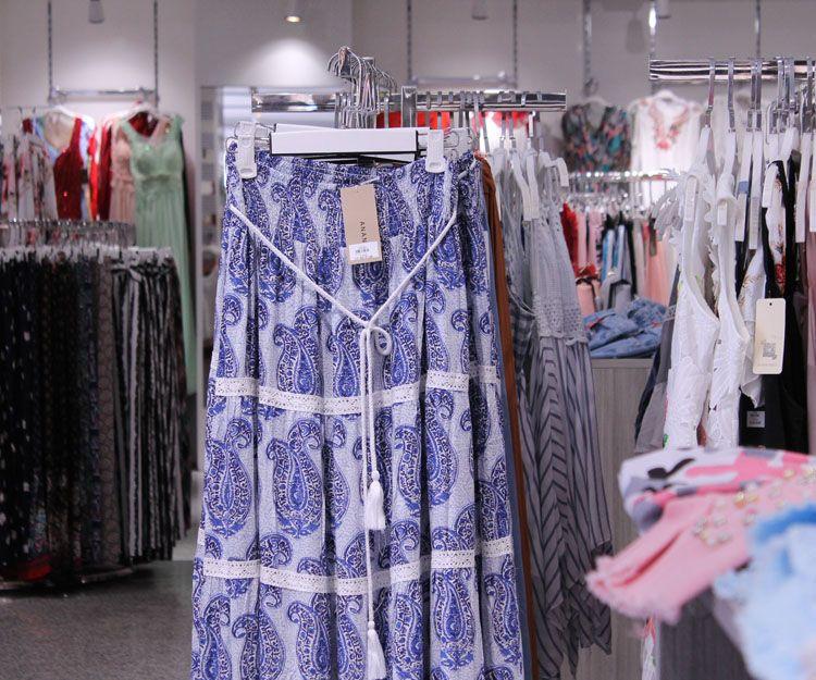 Faldas para señora en Marbella