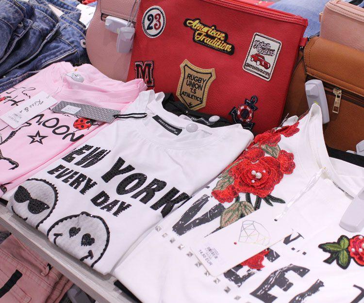 Camisetas veraniegas en Marbella