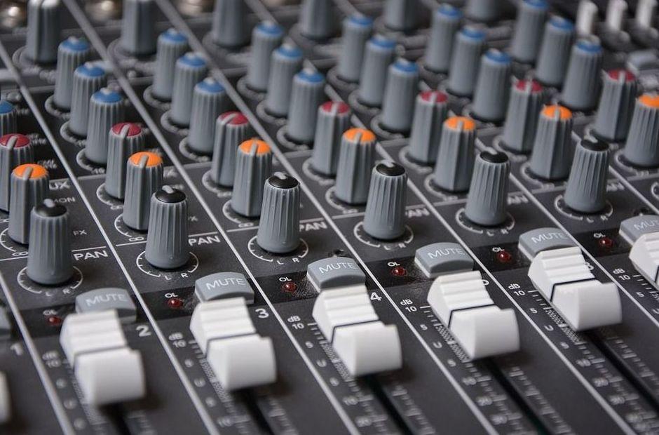Equipos para actuaciones y sonido
