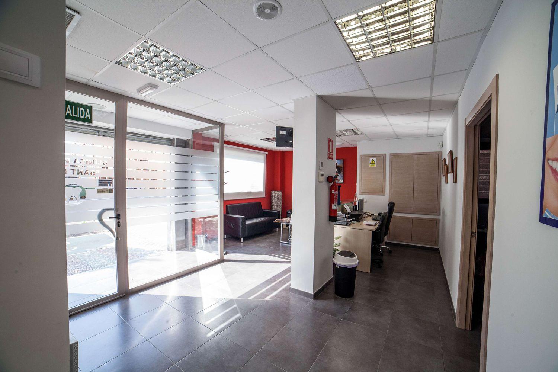 Recepción de la clínica dental en Silla (Valencia)