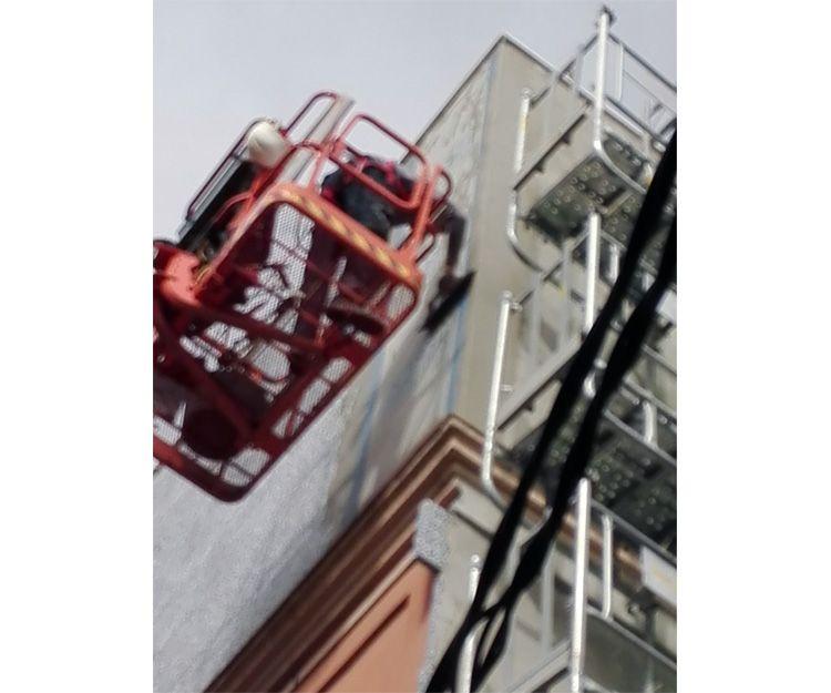 Aplicación de yeso en fachada en Tarragona
