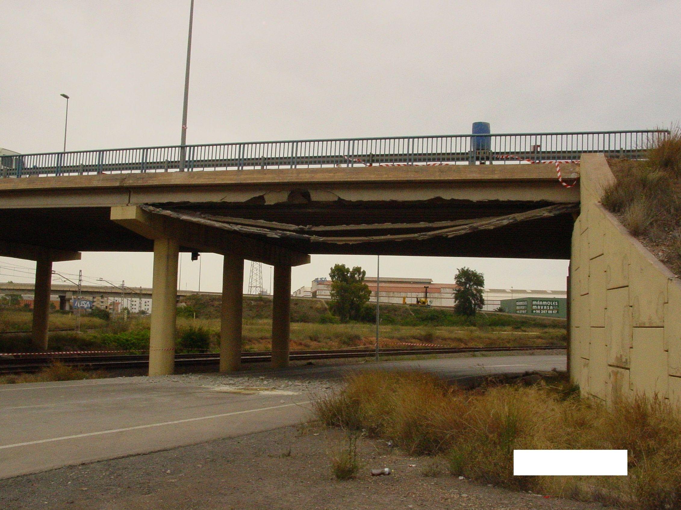 Impacto en puente