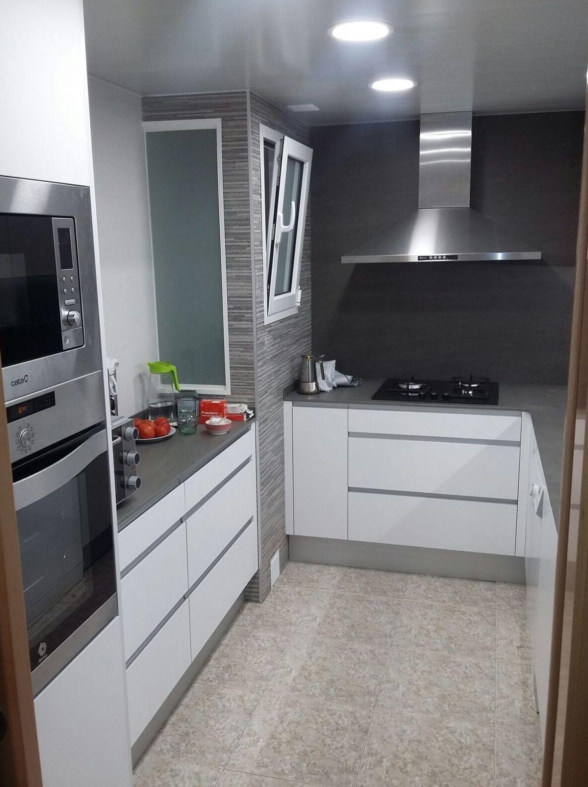 Reforma cocina en Vilanova del Cami 2: Productos  de Gres de l'Anoia