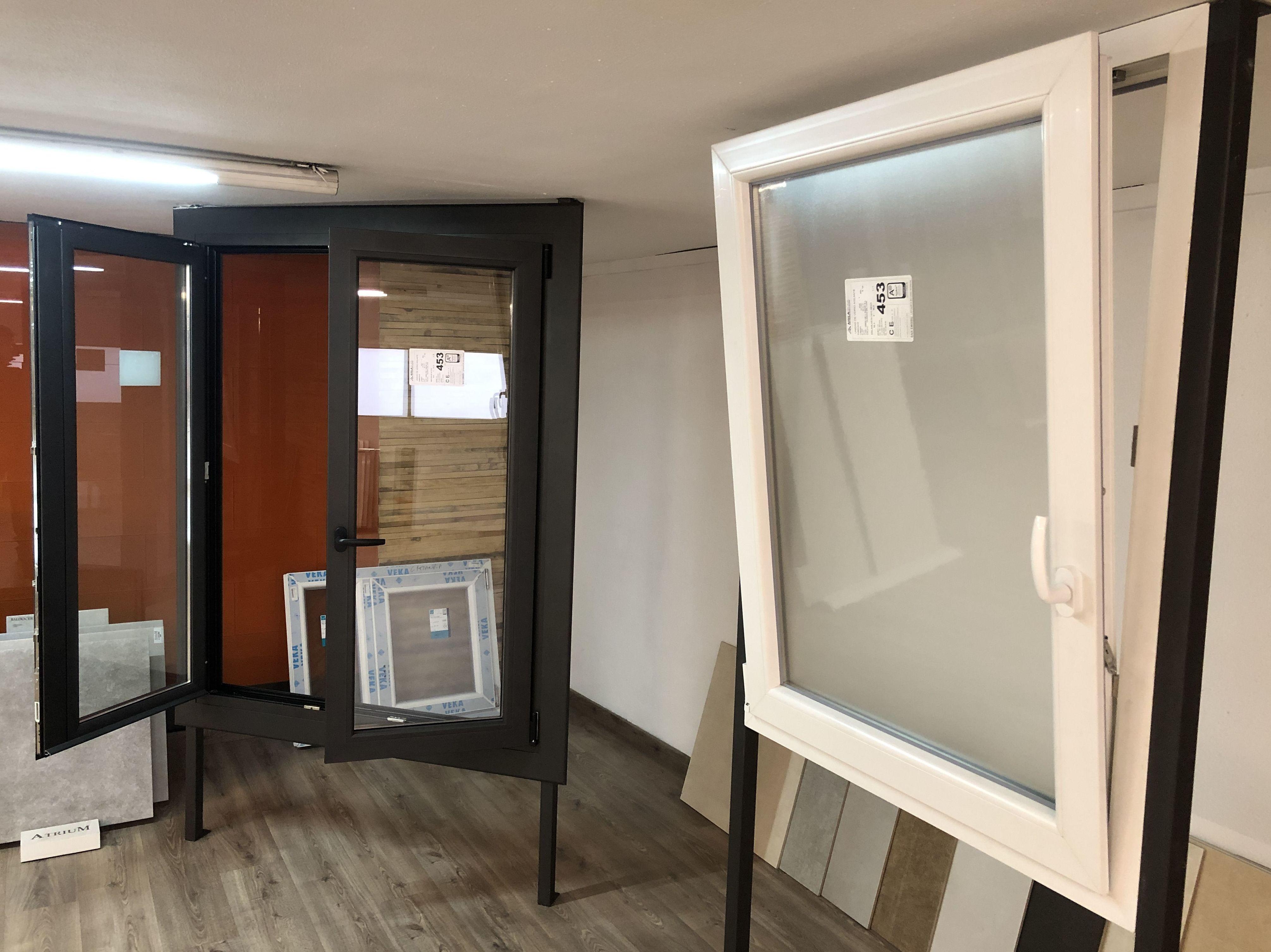 Muestras de ventanas en nuestra tienda: Productos  de Gres de l'Anoia
