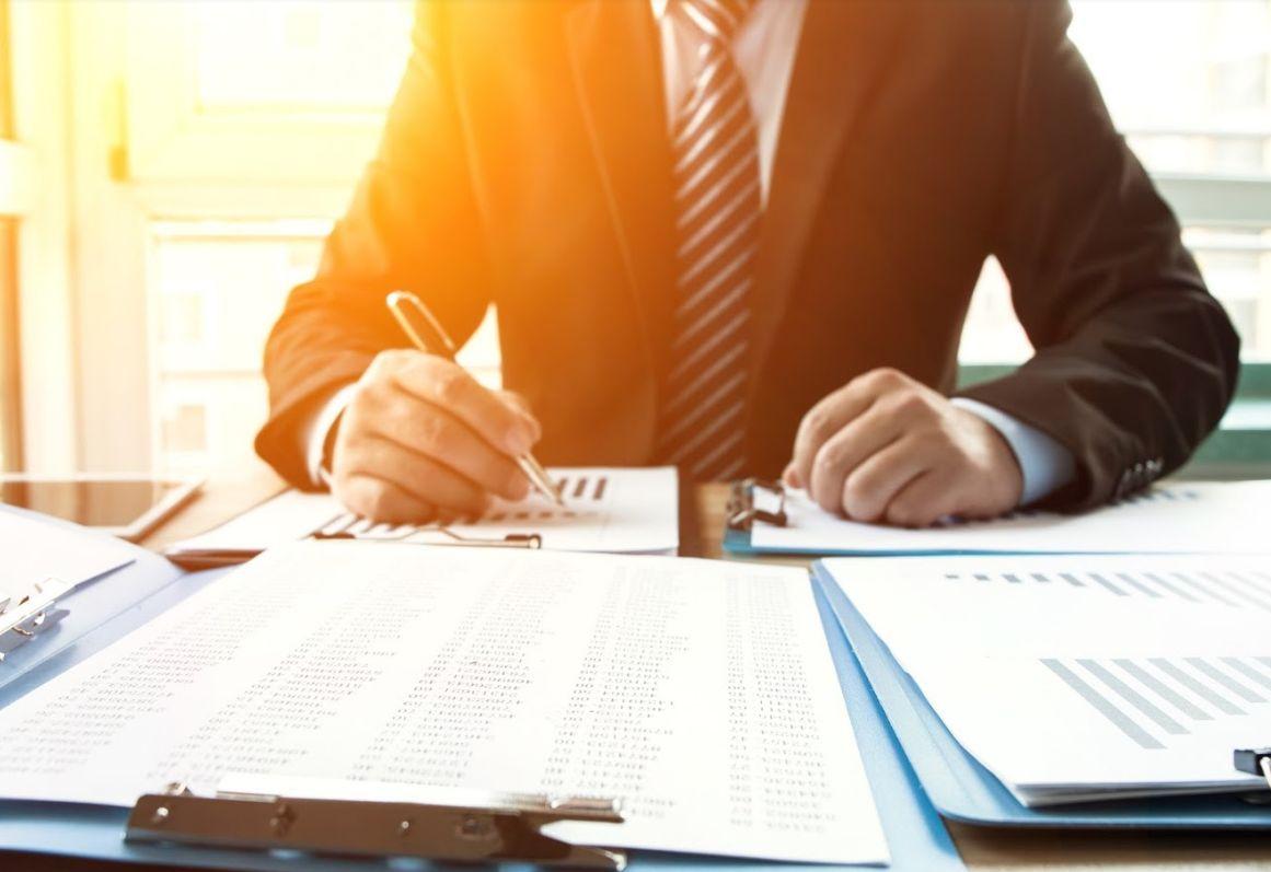 Asesoramiento energético a empresas y organismos oficiales