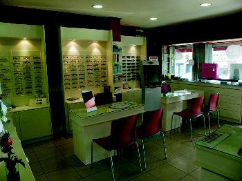 Foto 21 de Ópticas en  | Atención al Cliente