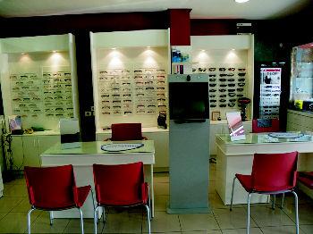 Foto 18 de Ópticas en  | Atención al Cliente